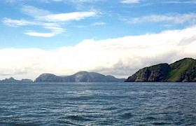 Approaching the Shiant Islands