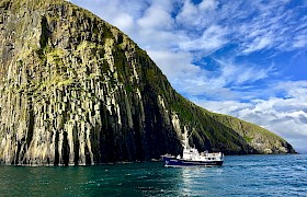 Cruise the Shiants Hebrides Cruise image © James Fairbairns